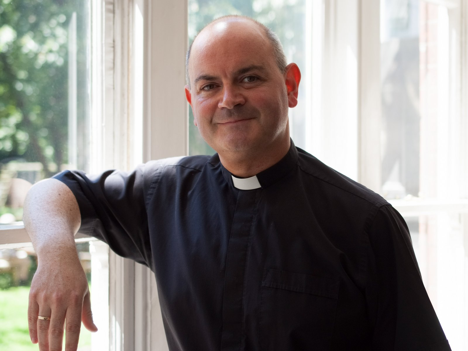 Photo of the Reverend Canon Mark Oatley